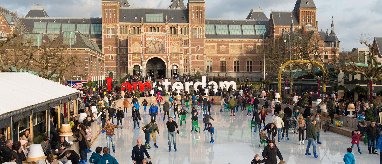 Museumplein-kulturfyldt-plads-amsterdam